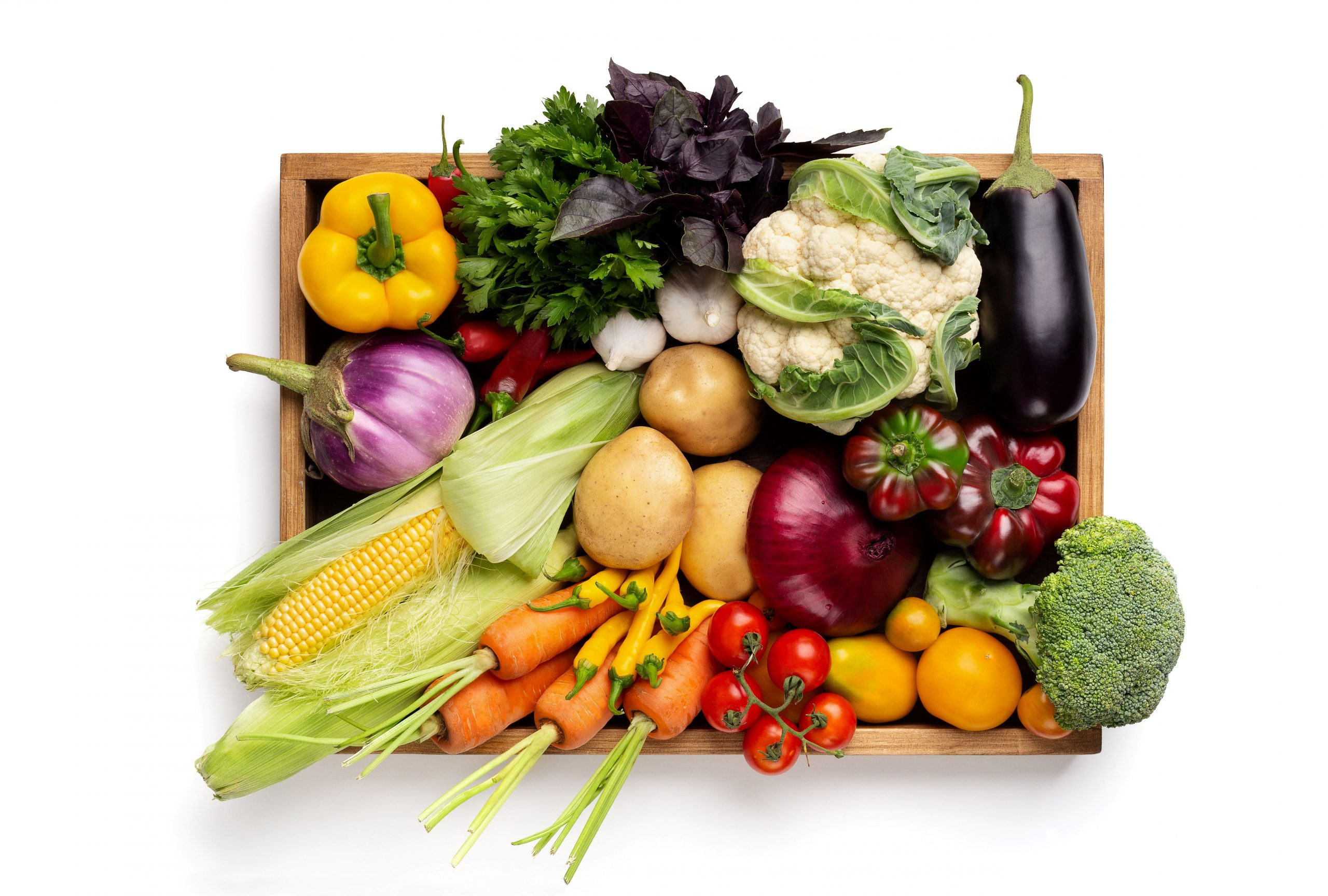 fresh-organic-vegetables-in-wooden-box